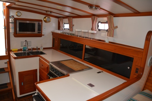 Syarda Ellis 36 Express Cruiser Interior 2