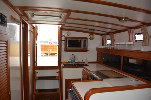 Syarda Ellis 36 Express Cruiser Interior 3