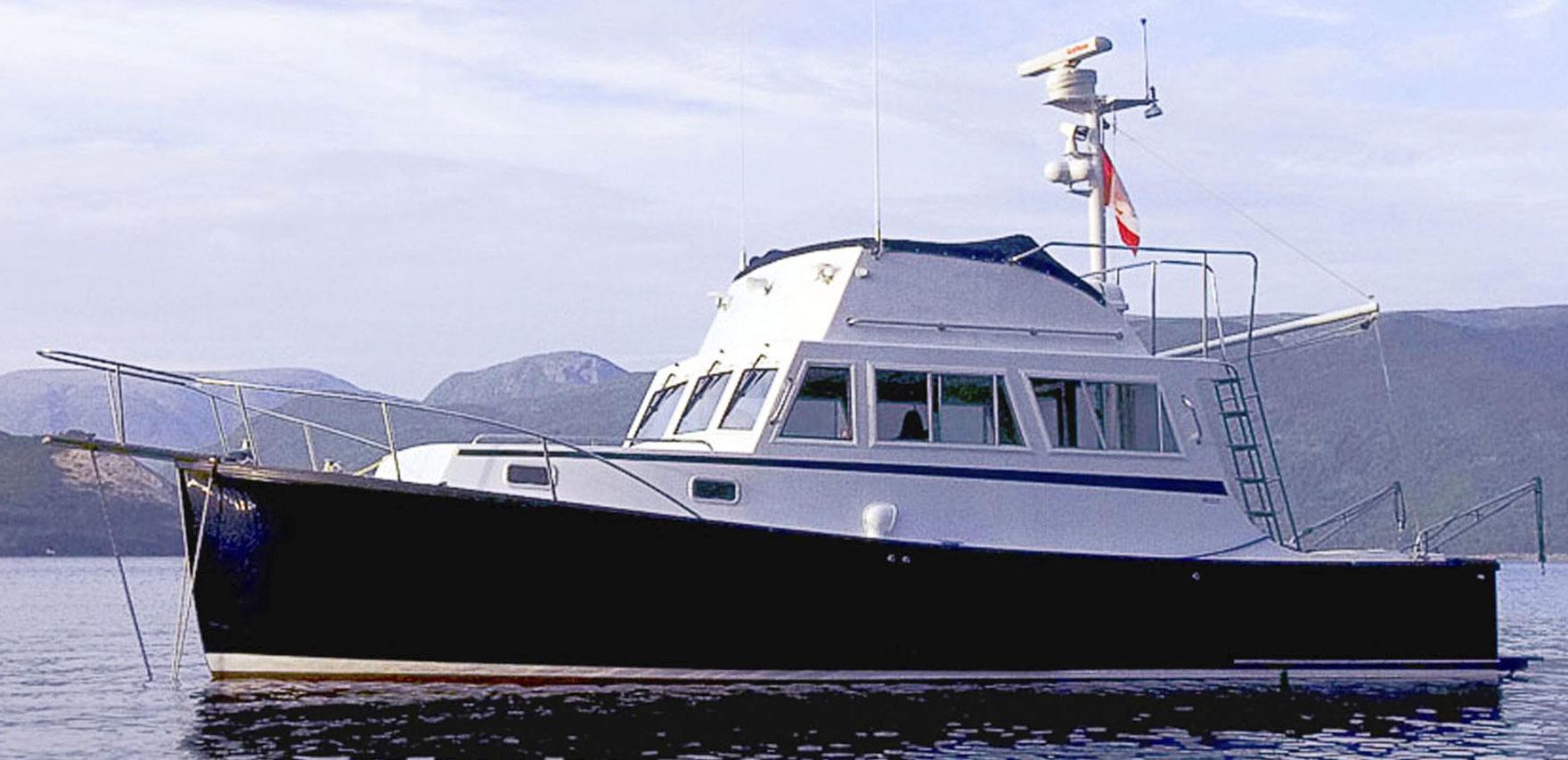 Ellis Boat For Sale: Ellis 32 Flybridge Cruiser